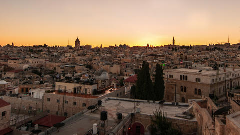Time lapse of sunset over Jerusalem rooftops Footage