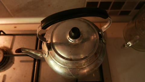 4K Old Retro Water Boiler Live Action