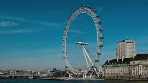 Time-lapse of the London Eye from Westminster Bridge Footage