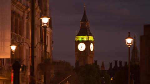 Time-lapse of Big Ben with traffic and people in the foreground Footage