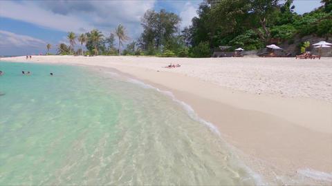 Koh Lipe Beach Walk Live Action