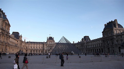 Panoramic louvre museum on a sunny dayPanoramic louvre museum on a sunny day Footage