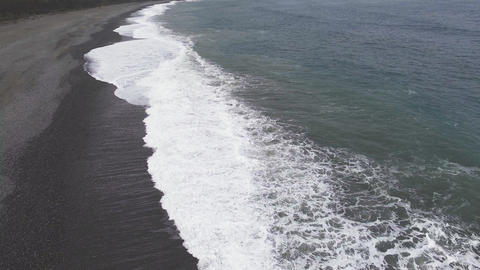 aerial view beach and waves Live Action