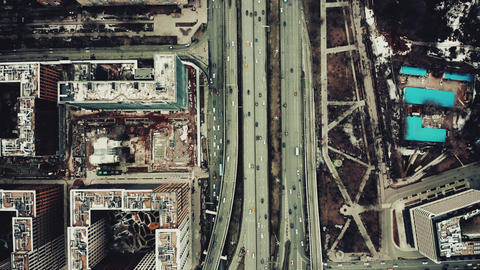 Aerial top down view of a big city road interchange Live影片