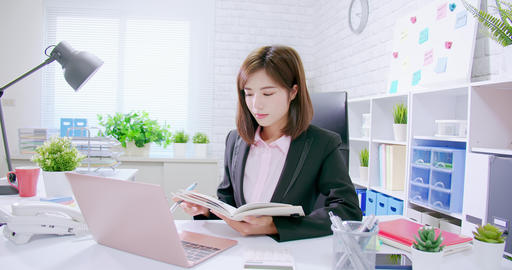 success asian business woman Live Action