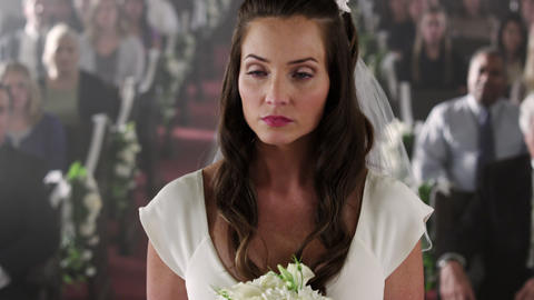 Bride remaining calm despite her absent groom Footage