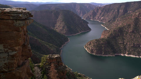 Dolly shot overlooking Flaming Gorge from Red Canyon overlook Footage