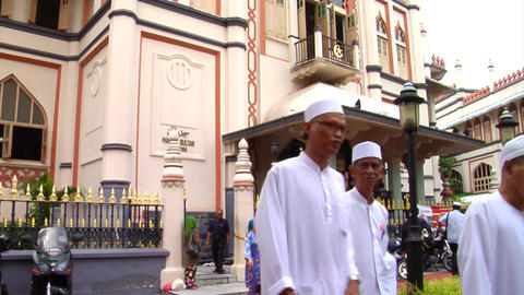 Singapore Muslims At Sultan Mosque Footage