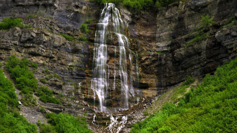 Full height of Bridal Veil Falls, Utah Footage