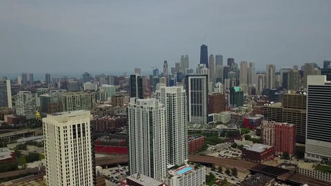 Chicago houses A tightly built city. There are different houses, high and small Footage