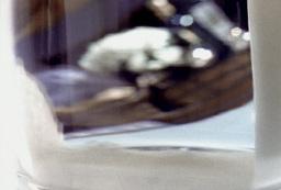 Milk glass wave 16mm 400 fps Footage