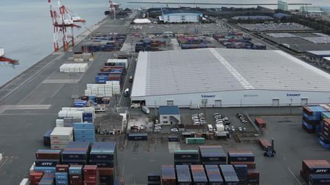 Container in cargo port at Yokkaichi industry district, Japan Archivo