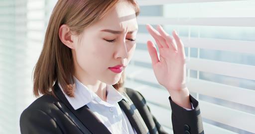 Businesswoman afraid of suntan Live Action
