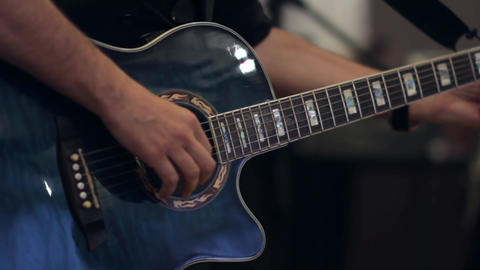 Guitarist who tune guitar before giving a solo 13 Footage