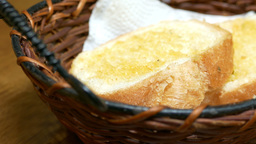 Bread in basket for lunch Live影片