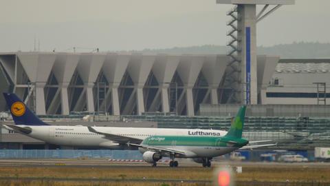 Aer Lingus Airbus A320 departure ビデオ