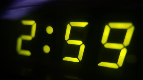4K Digital Clock Turns to 3 Footage