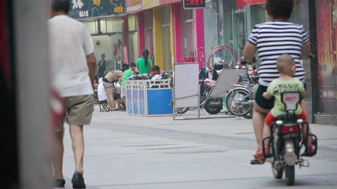 Electric bicycles & motorcycles on Urban town... Stock Video Footage