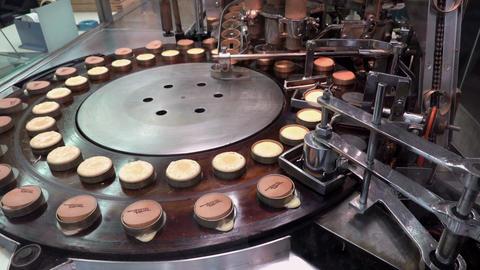 Preparing Japanese imagawayaki red bean pancake, Kyoto GIF