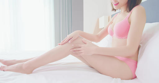Sexy woman body and leg Live Action