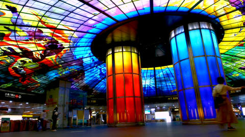 The Dome of Light at Formosa Boulevard Station, the central station of Kaohsiung subway systemu Archivo