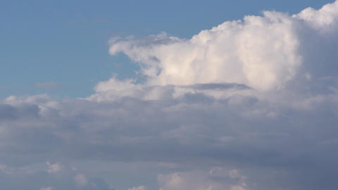Time lapse clouds, rolling puffy cloud are moving Footage