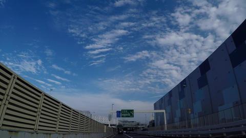 It runs next to the wall of noise prevention/東京の車窓、平和島付近 Footage