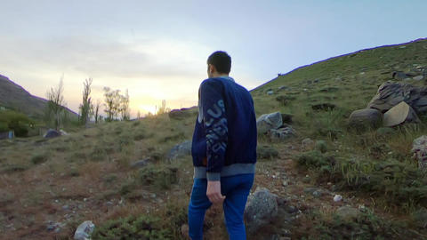 Walking in the mountains ビデオ