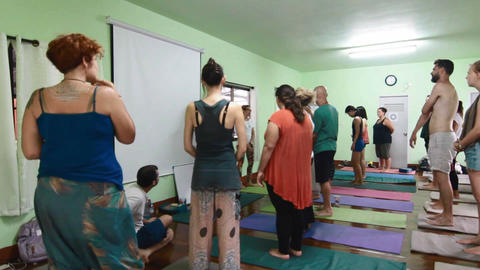 yoga group in thailand standing Live影片
