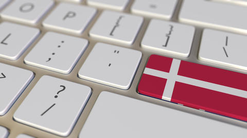 Key with flag of Denmark on the computer keyboard switches to key with flag of Live Action