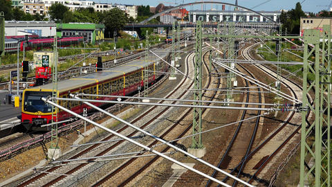 Railway tracks in Berlin. Germany. 4K Archivo