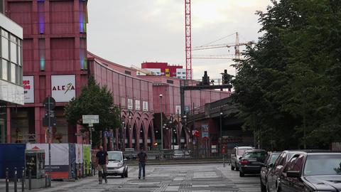 The train station in Berlin. 4K, Acción en vivo