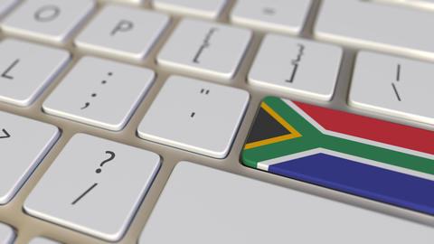 Key with flag of South Africa on the keyboard switches to key with flag of Live Action