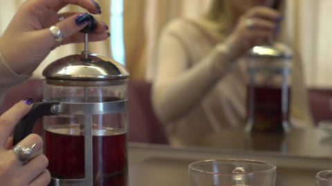 Slow Motion Brewing Of Red Tea Live Action