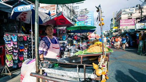 Timelapse - Street vendor in Kaoh San road, Bangkok Stock Video Footage