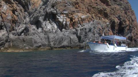 eolian island tourist boat 04 e Stock Video Footage