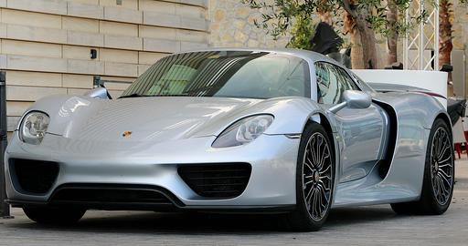 Porsche 918 Spyder Hybrid Car Footage
