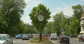 The Roman Square (Piata Romana) In Bucharest ビデオ