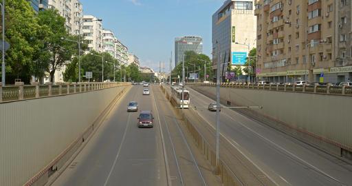 Rush Hour Traffic In Victory Passage In Bucharest ビデオ