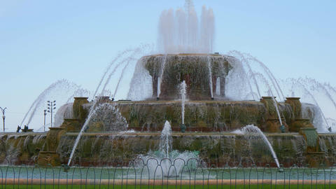 Famous Buckingham Fountain at Chicago Grant Park Footage