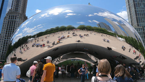 Popular landmark in Chicago - Cloud Gate at Millennium Park - CHICAGO, UNITED Live Action