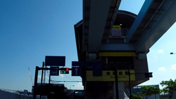 Urban transportation Yurikamome, market before the station under/豊洲市場付 Footage