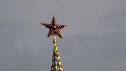 Ruby red star on the Kremlin tower. Moscow. 4K Footage