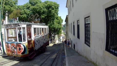 Lisboa Bairro Tram Live Action