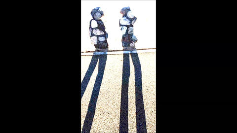 A Pop Rock Pattern Two Persons's Silhouette ライブ動画