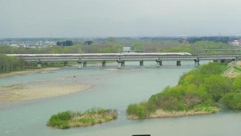 北上川を渡る東北新幹線 Footage