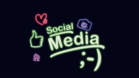 Social Media Diagram Animation on Black CG動画素材