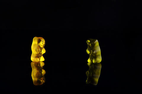 a photo of some sweets on a black background Fotografía