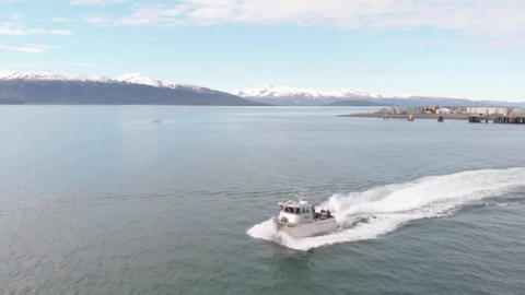Fast moving commercial fishing boat Live Action