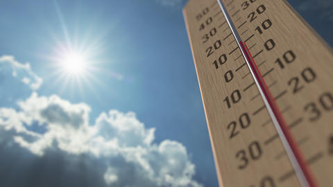 Outdoor thermometer reaches 40 forty degrees centigrade. Weather forecast Live Action